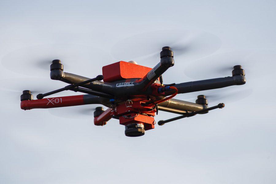 Heksakopter X-01 – wielofunkcyjny dron do zadań specjalnych