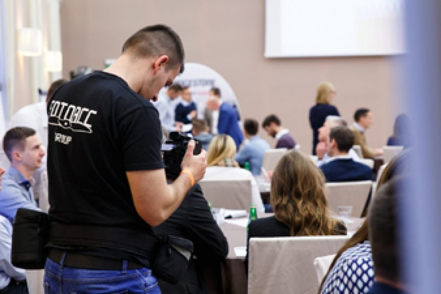 Reportaż – dlaczego warto inwestować w wizualną dokumentację wydarzeń?
