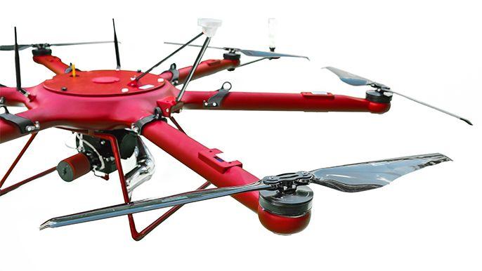 Agrodron X-06 – dron z udźwigiem 20 kg do usług specjalistycznych dedykowanych rolnictwu i leśnictwu