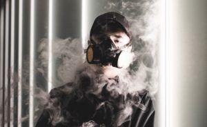 dym człowiek